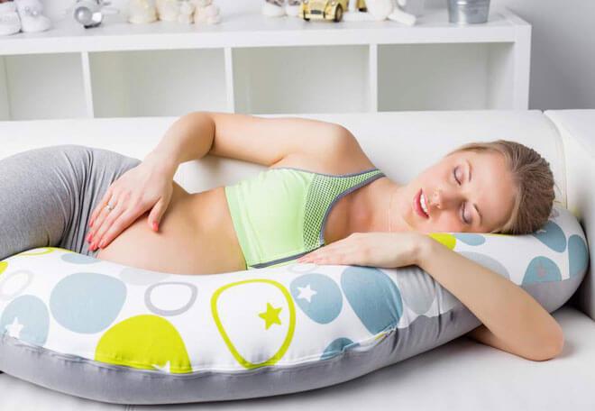 Почему болит живот на раннем сроке беременности